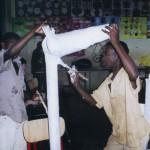 Atelier de fabrication de marionnette, Mayotte